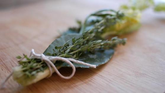 Make a bouquet garni